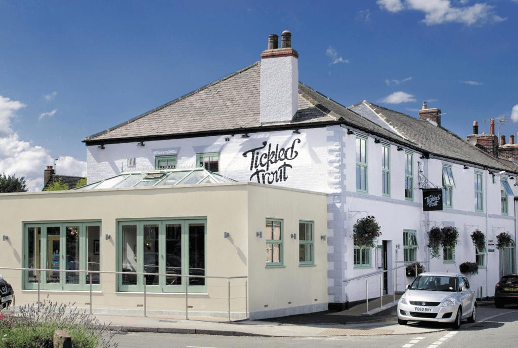 The Tickle Trout, pubs barlow, pubs derbyshire, dining derbyshire, where to eat derbyshire, dining chesterfield, dining barlow, chris mapp