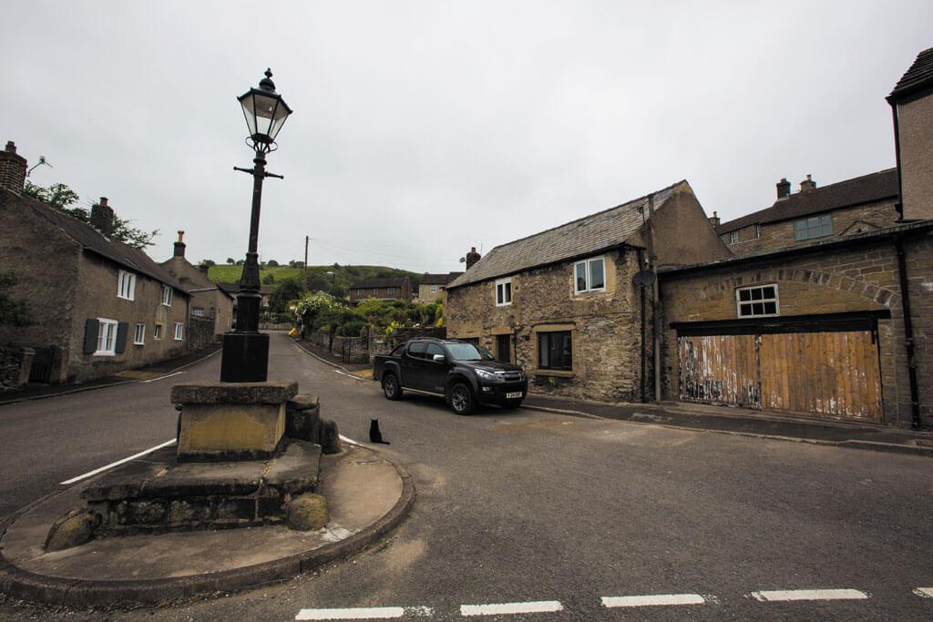 Calver, Derbyshire, Calver village, calver derbyshire,