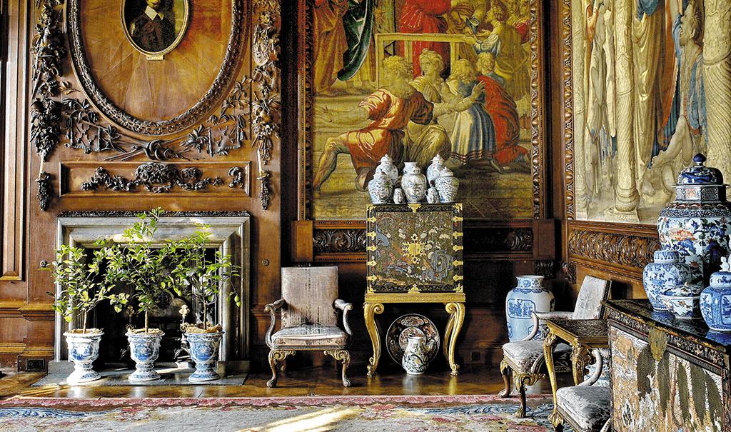 Chatsworth,