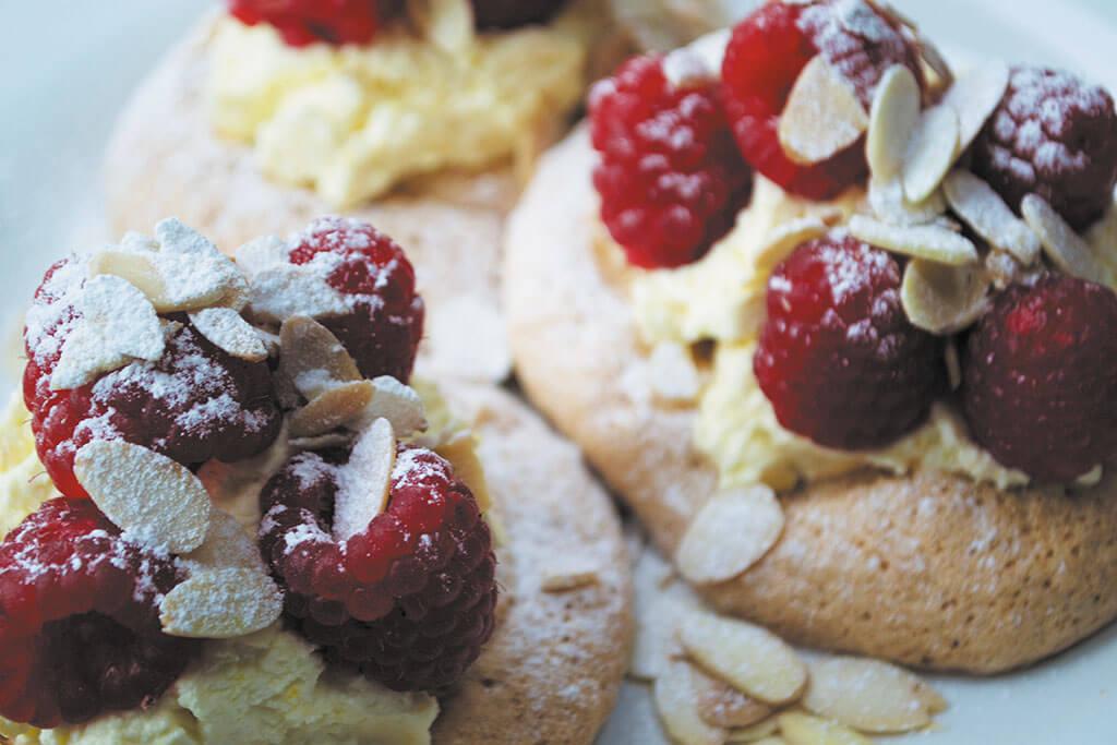 3.-Hazelnut-meringues
